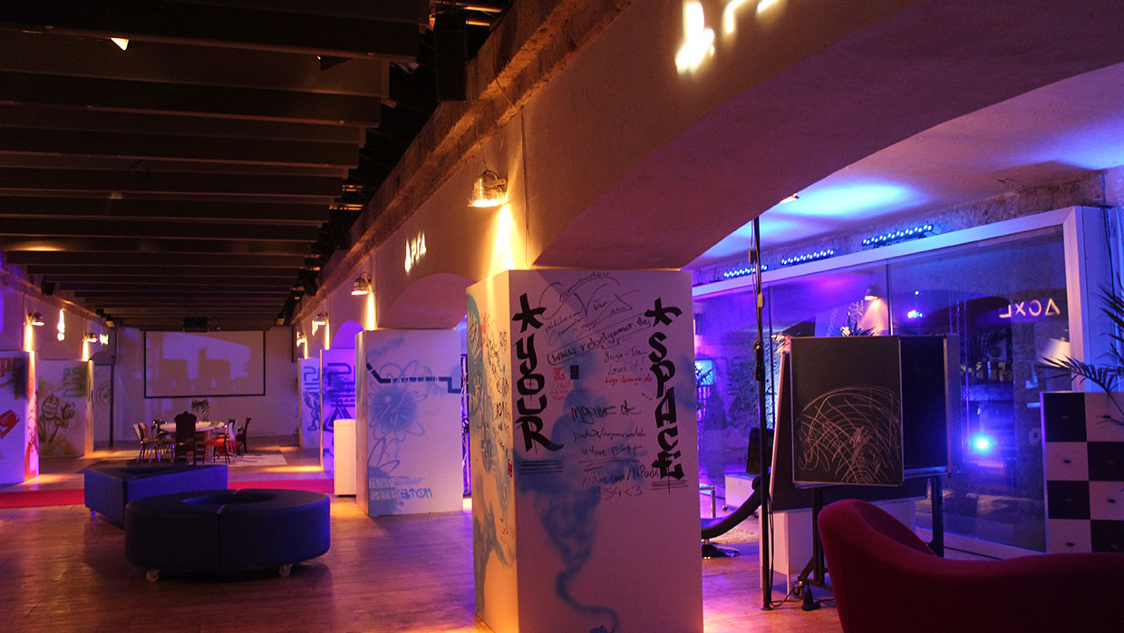 Sony ps4 press launch buga lounge m nchen magic for Wohnzimmer riem